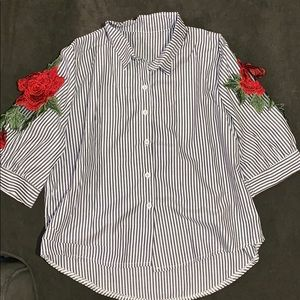 🏝5 for $12! Pinstripe Rose Embroidered Button Up